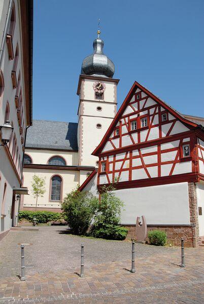 AlteSchmiedeStLaurentiusKirche - Stadt Marktheidenfeld